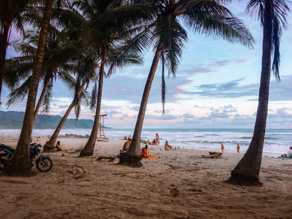 Costa Rica Santa Teresa Banana Beach